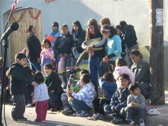 tolosa la plata ong  Iniciativa Ciudadana ropa niños donación